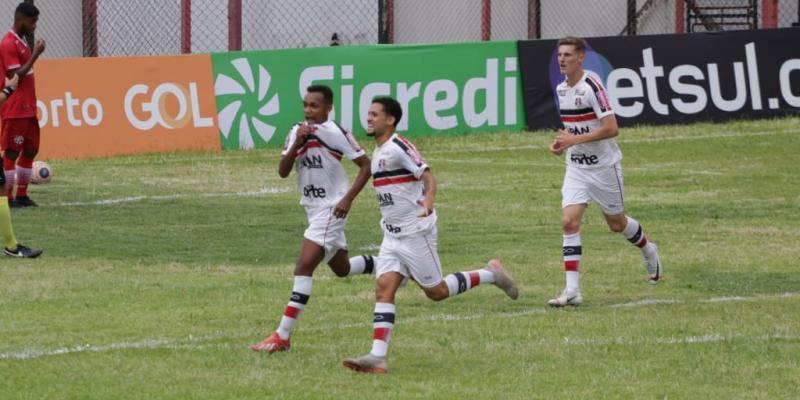 Na próxima segunda-feira (6), os tricolores enfrentam o Guarulhos