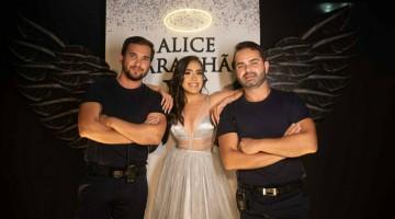 Alice debutou com festa