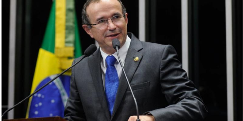 O convidado do programa desta segunda-feira (24) foi o ex-Senador da República Douglas Cintra