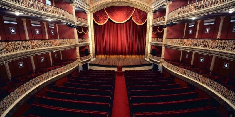 As apresentações acontecem em teatros da cidade, até a sexta-feira (11), a partir das 19h30