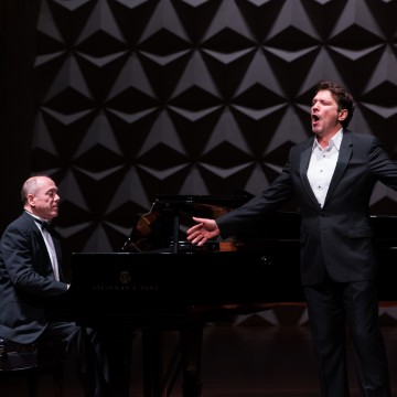 Barítono Paulo Szot e pianista Nahim Marun interpretam obra de Cláudio Santoro