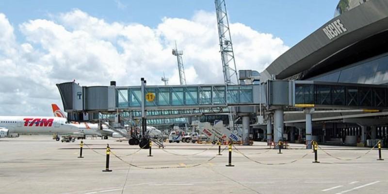 Com a retomada do turismo em Pernambuco, a previsão é de 4.624 voos, entre pousos e decolagens