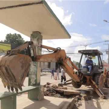 Deslocamento das paradas facilita usuários de ônibus na Presidente Kennedy, em Olinda