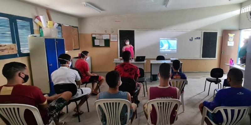 Ações voltadas a socioeducandos da unidade de internação situada no município, incluem palestras e gincanas