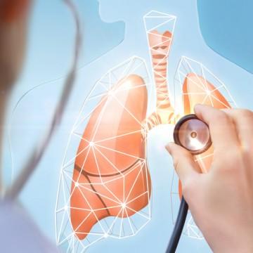 Sintomas da Covid-19 e do Câncer de Pulmão são semelhantes, alerta oncologista