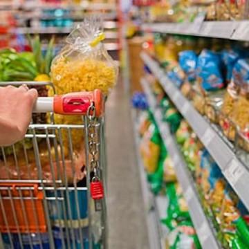 Continua subindo o preço de alimentos da cesta básica