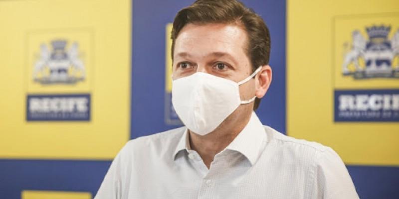 O combate à Covid-19, na cidade do Recife, contou com uma rede emergencial de sete hospitais de campanha e mais de mil leitos dedicados aos infectados pela doença