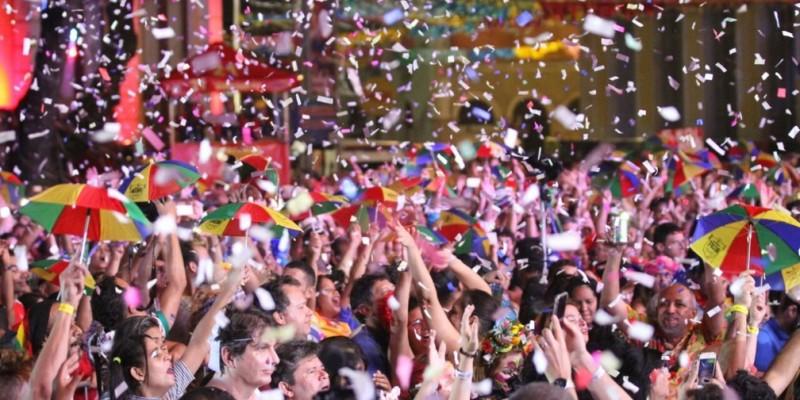 O início do espetáculo está previsto para às 19h da noite do dia 21 de fevereiro, no palco central montado na Praça do Marco Zero, no bairro do Recife
