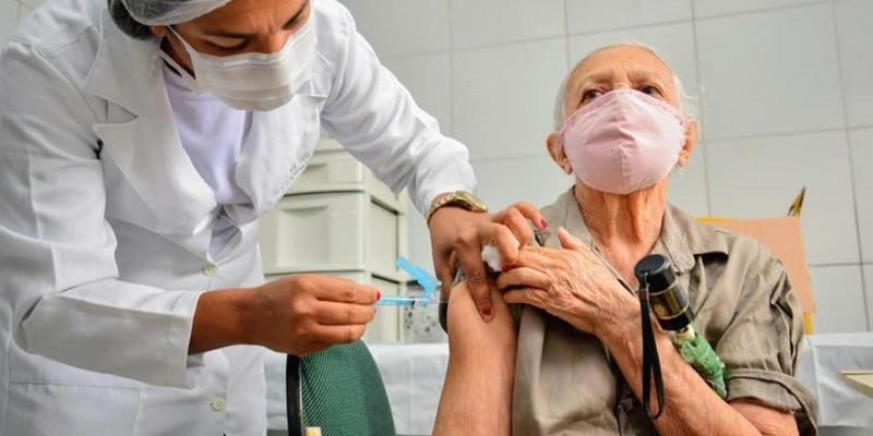 O processoé possível diante das mais 2.190 doses de imunizantes recebidas nesta semana