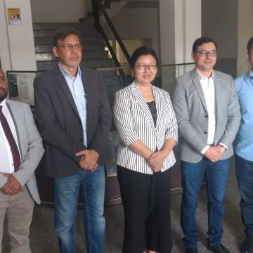 Cônsul da China traz mensagem de tranquilidade aos trabalhadores pernambucanos