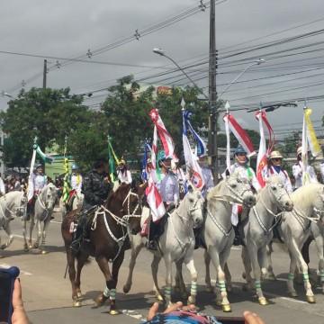 Dia da Independência é comemorado com tradicional desfile civico-militar no Recife