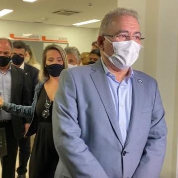 Em visita a Pernambuco, ministro da saúde, Marcelo Queiroga promete 60 milhões de doses de vacinas contra a covid-19 em agosto
