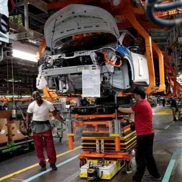 BC reduz projeção de crescimento da economia de 3,8% para 3,6%