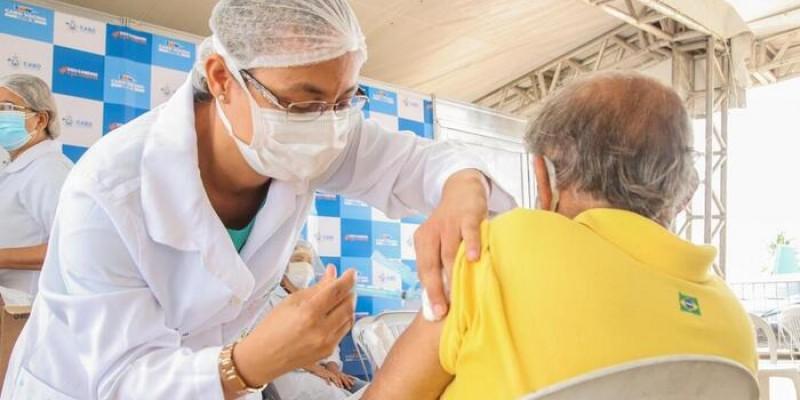No dia da vacinação, o trabalhador deverá apresentar comprovação de vínculo com a clínica