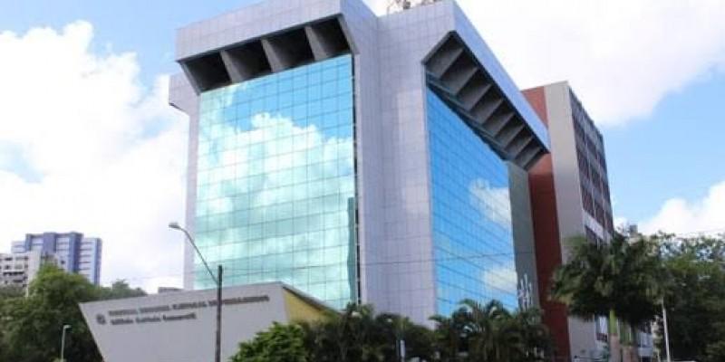 Nova mesa diretora do tribunal foi empossada na segunda-feira (02)