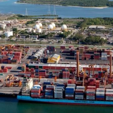 Porto de Suape deve alcançar novo recorde histórico em volume de cargas