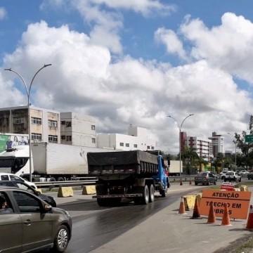 Trecho da BR-101 no Recife passa por obras de requalificação