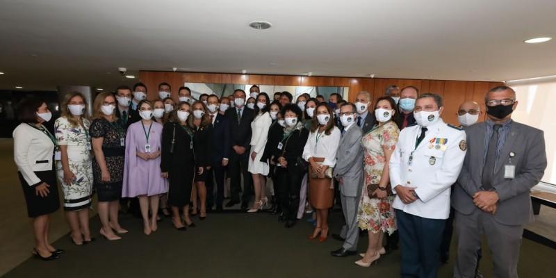 Presidente reforçou que prerrogativa do tratamento é dos médicos