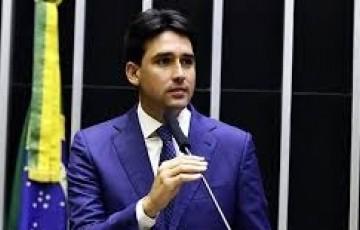 Silvio Costa Filho cobra a Bolsonaro sanção de socorro a Estados e municípios
