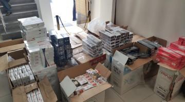 Polícia apreende cigarros contrabandeados em Caruaru