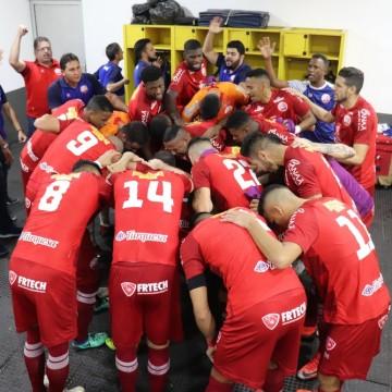 Após empate, Náutico retorna ao Recife confiante para jogo de volta