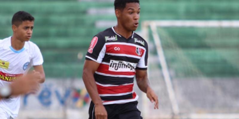 Time rubro-negro bateu o Botafogo-PB por 3x1 na Ilha do Retiro, enquanto o tricolor perdeu para o Porto-PE, no Ademir Cunha, por 1x0