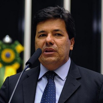 Mendonça Filho participa de ato em favor da prisão em segunda instância