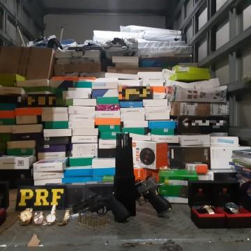Grupo é detido com equipamentos eletrônicos roubados na BR 101, em Igarassu