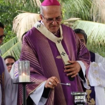 Missas da quarta-feira de cinzas são realizadas no Hospital da Restauração