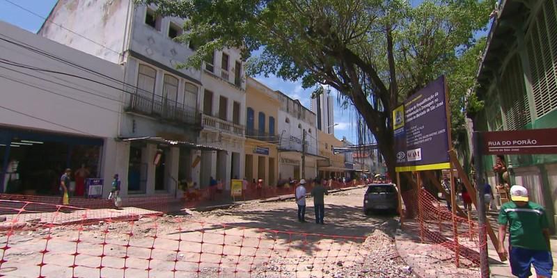 A interdição vai da Rua Padre Muniz até o cruzamento com a Rua do Porão e da Rua José Ribamar até o cruzamento com a Padre Muniz