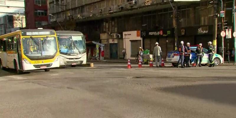 Com isso, 20 linhas de ônibus que estavam passando em locais diferentes por conta das obras, voltam aos seus pontos de embarque