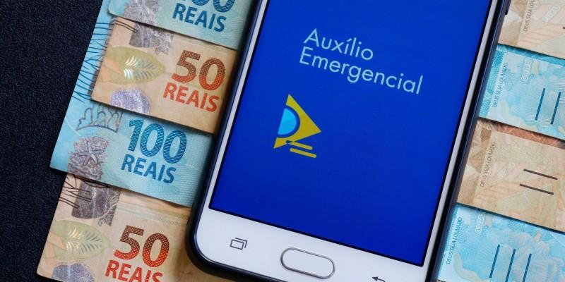 A Caixa tem disponibilizado o auxílio em uma poupança digital, acessível pelo aplicativo Caixa Tem
