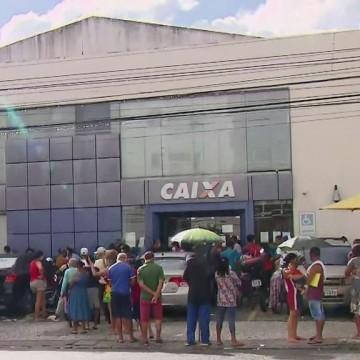 Agências bancárias e lotéricas da RMR continuam registrando aglomerações
