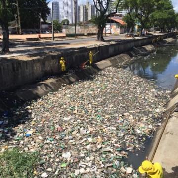Acúmulo de lixo no canal do Arruda preocupa moradores do entorno