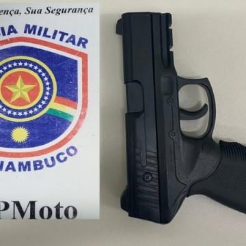 PMs impedem assalto e detém suspeito no bairro do Curado