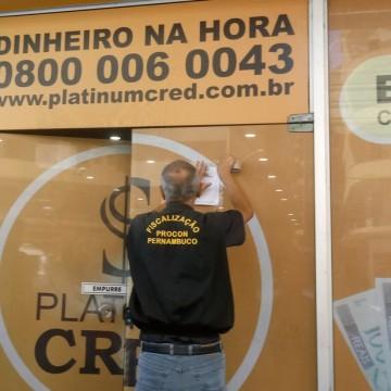 Procon Pernambuco discute medidas para  coibir a prática de concessão irregular de crédito à população