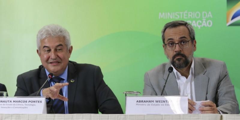 Reitores e professores das instituições de ensino de Pernambuco, comentam o projeto