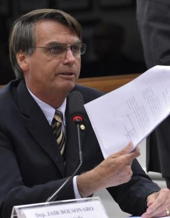 Desgaste da reforma tributária e perda de popularidade do governo Bolsonaro