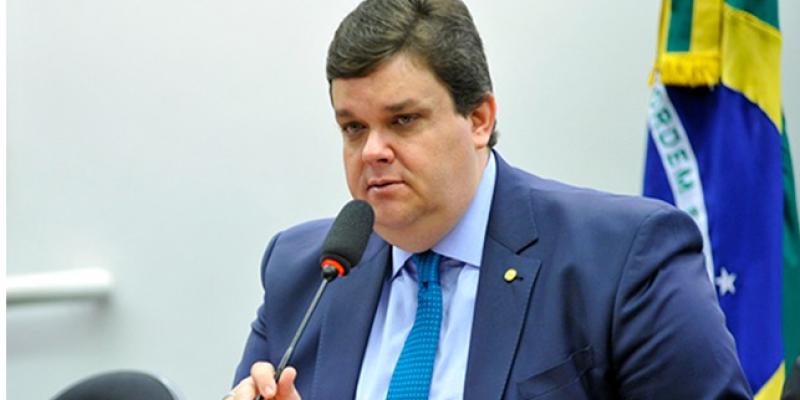 Em entrevista ao CBN Caruaru, o Deputado fez duras criticas à gestão Raquel Lyra