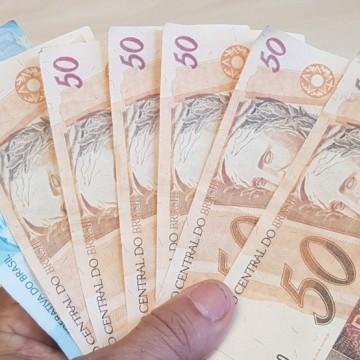 Homem é preso com R$ 400 reais em notas falsas e drogas no Recife