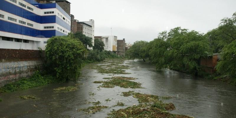 O rio é o terceiro mais poluído do Brasil
