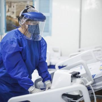 Recife pretende contratar mais 40 médicos para hospitais de campanha