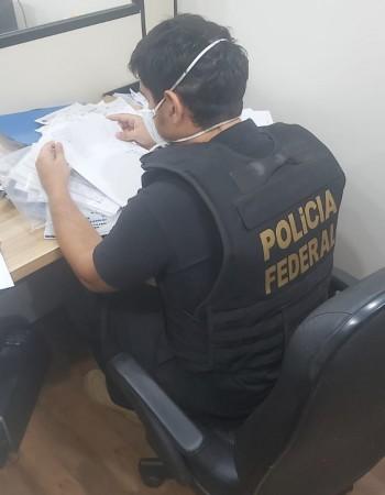 """Operação """"amphis"""" investiga esquema de lavagem de dinheiro, evasão de divisas e manutenção de instituição financeira clandestina"""