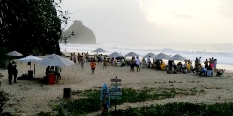 O aniversariante e o organizador do evento foram detidos e enviados à delegacia da Ilha por descumprimento do decreto estadual que proíbe aglomerações devido a pandemia da Covid-19