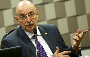 Ministro terá que dar explicações sobre os cortes no Bolsa Família