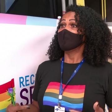 Ação itinerante com serviços para população LGBTQIA+ começa a funcionar no Recife