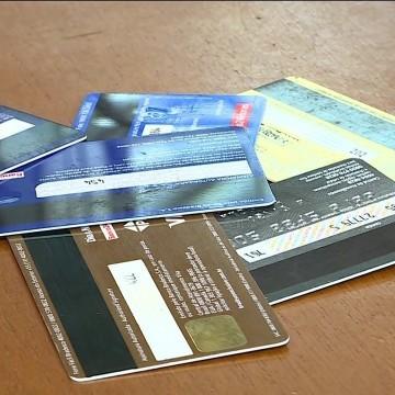 Compras estrangeiras realizadas no cartão, serão cobradas em reais, a partir de março