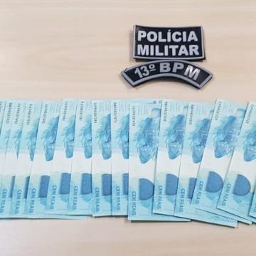 Homem é investigado pela PF após tentativa de compra com R$ 1,8 mil em notas falsas