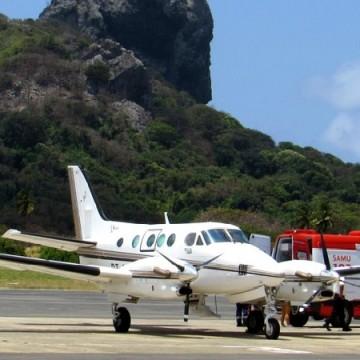 Turista cai de buggy em Fernando de Noronha e é transferido em avião de salvamento