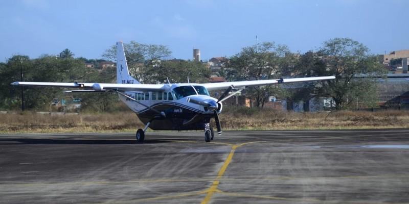 A companhia responsável pelas operações é a Azul Conecta, que vai oferecer dois voos regulares por dia entre os terminais Oscar Laranjeiras, em Caruaru e Santa Magalhães, em Serra Talhada com o Aeroporto Internacional do Recife